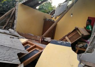 Anak-Anak Korban Gempa Lombok Kangen Sekolah